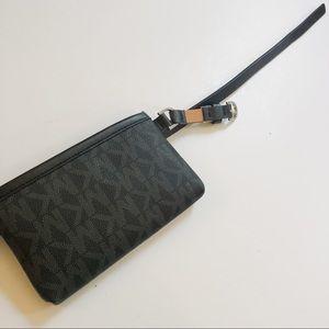NWOT Michael Kors Waist Bag Belt in Black